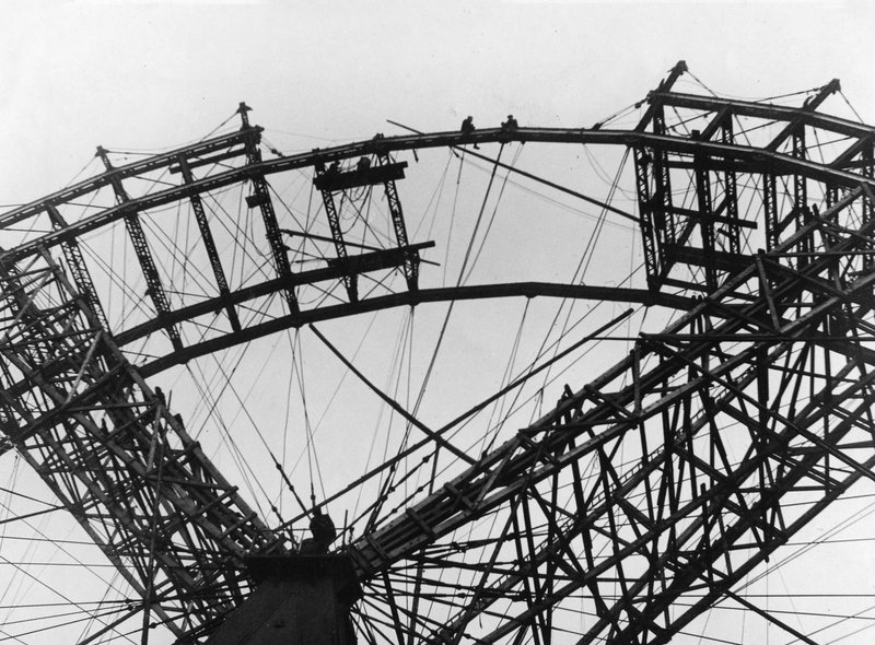 The final sections of the Big Wheel are put in place in 1895