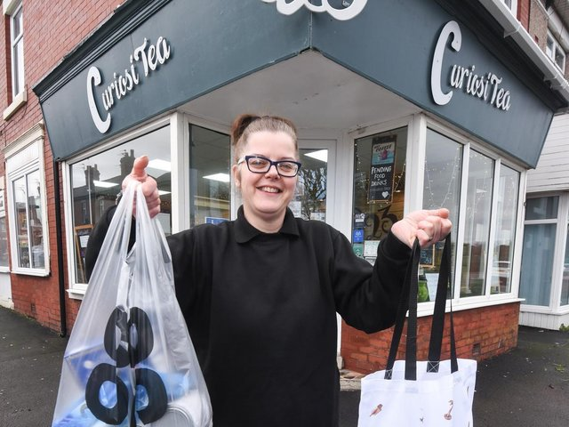 Sue Seddon from CuriosiTea@23 in Layton with meal packs
