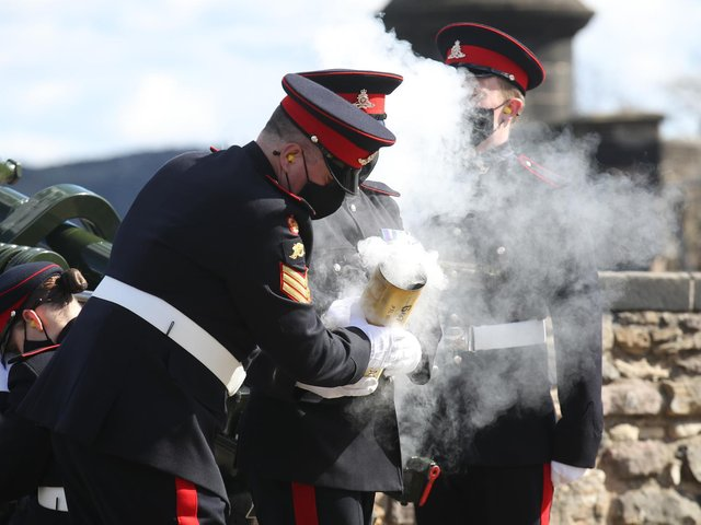 Members of the 105th Regiment Royal Artillery fire a 41-round gun salute at Edinburgh Castle, to mark the death of the Duke of Edinburgh. Picture date: Saturday April 10, 2021. Picture: PA Wire/PA Images/Andrew Milligan