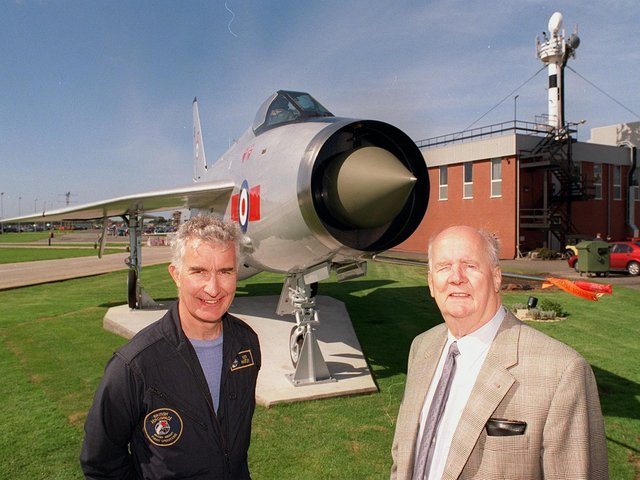 Keith Hartley with former test pilot Johnny Squiers  at the unveiling of a refurbished Lightning in 1999