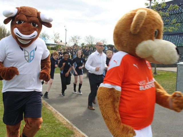 Pupils at Highfield Leadership Academy took part in a fun run for the Captain Tom 100 challenge.