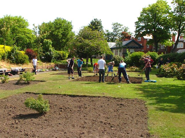 Princes Trust volunteers at work on the flower beds in the Mary Hope Garden for the Blind, The Mount, Fleetwood, during a previous course