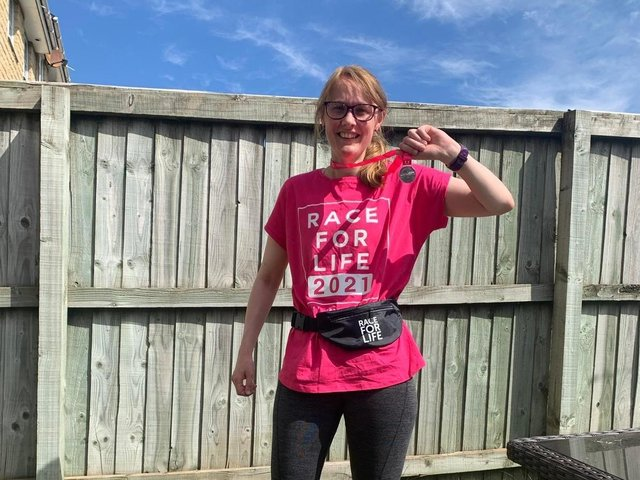 Cat Smith is in training for the 2021 London Marathon