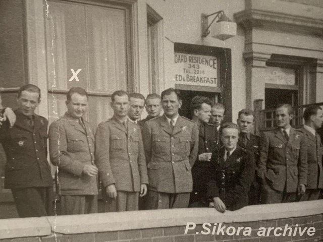Anyone recognise this hotel? Acting Wing Commander Piotr Laguna and his Polish colleagues staying in  Blackpool in 1940 at an unknown B&B.  He had escaped both Poland and France where he had fought the Germans, before joining the Polish squadrons in the RAF