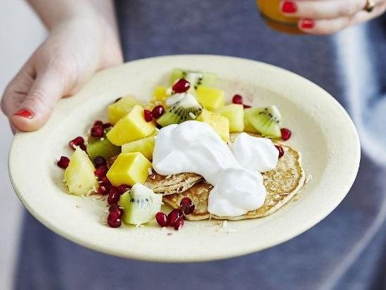 Coconut pancakes with tropical fruit Serves 4