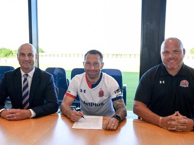Stephen Dobbie signs for AFC Fylde Picture: AFC Fylde