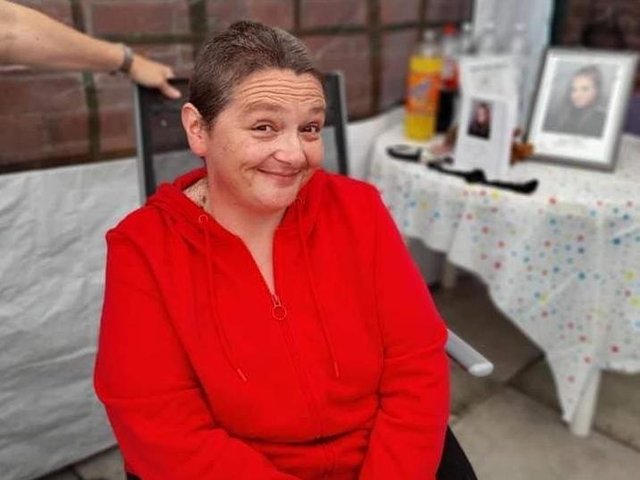 Linsey Smith from Layton shaved her head in a bid to raise enough money to buy a headstone for her goddaughter Lauren Bicket, who took her own life in May.