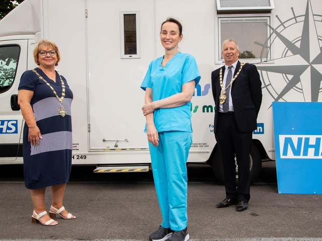 Dr Ruth Mason from Fernbank Surgery at the vaccination van with Couns Karen Harrison and Gavin Harrison