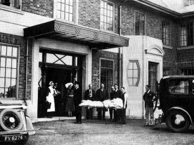 The first patient arrives at Victoria Hospital on September 29 1936