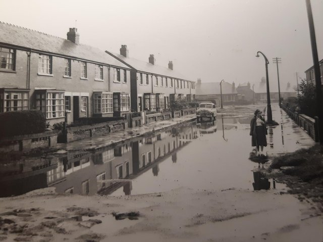 A flooded scene of Brookfield Road in the 1950's