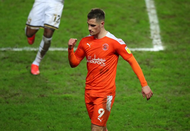 Latest odds predict whether Blackpool or Lincoln City will seal League One promotion